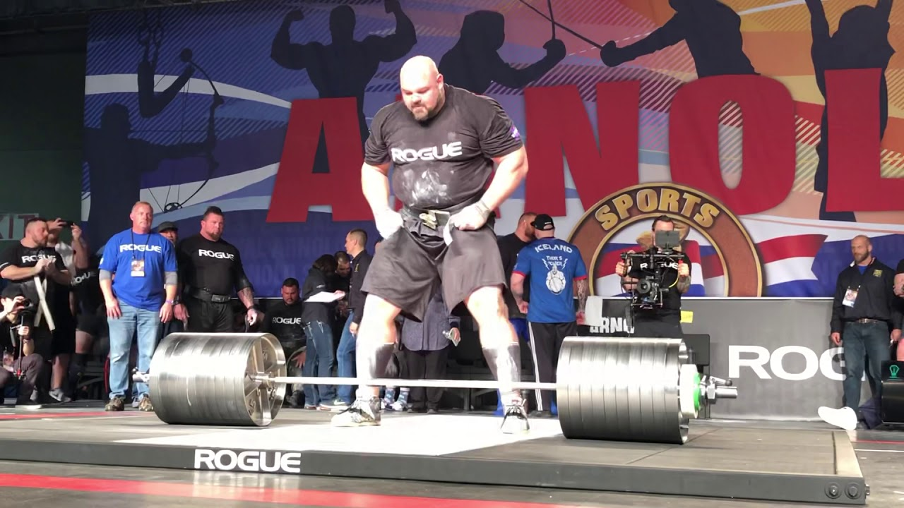 Brian Shaw Deadlift 1021 pounds Arnold Classic Image Credit Skydevil1977 Mack youtube